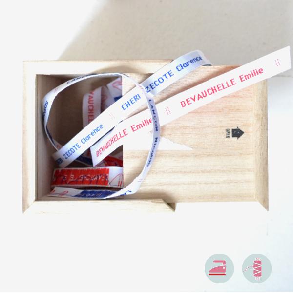 Modèle classique d'étiquettes personnalisables pour la rentrée des classes à coudre ou à thermocoller